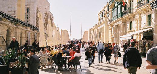 マルタ共和国, バレッタ, マルタ留学